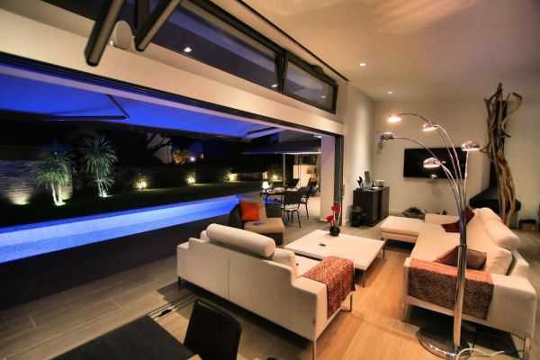 Maison decoration interieur moderne villas - Decoration villa moderne ...
